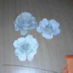 Kwiaty z wytłaczanek po jajkach